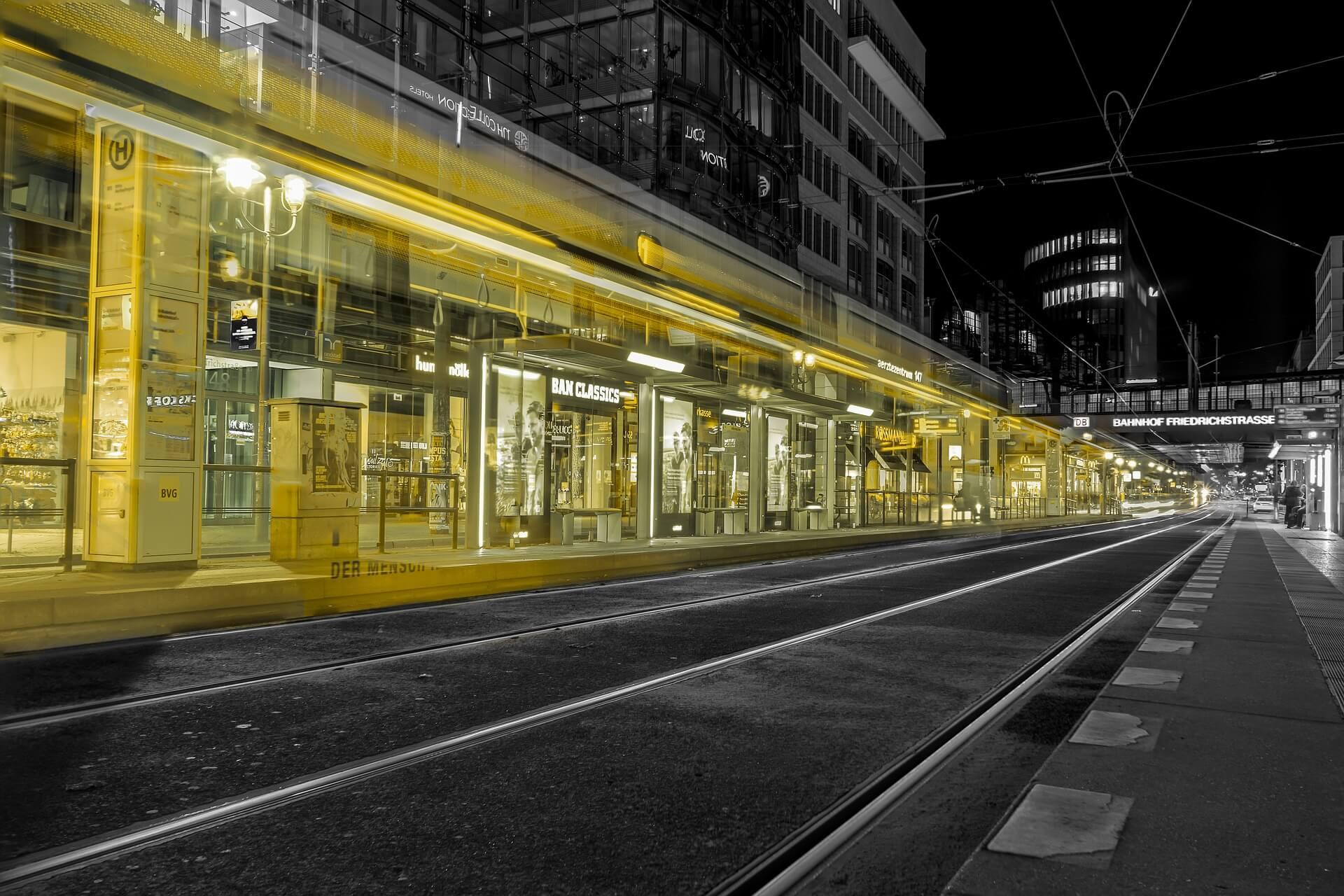 tram-2135042_1920
